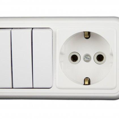 Как подключить розетку с выключателем?