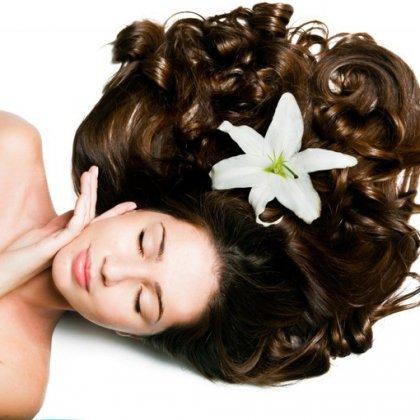 Как придать волосам темный оттенок народными средствами?