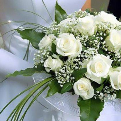 Как оформить свадебный букет?