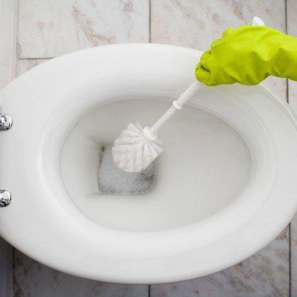 Как убрать известковый налет; как убрать каменный налет в унитазе?