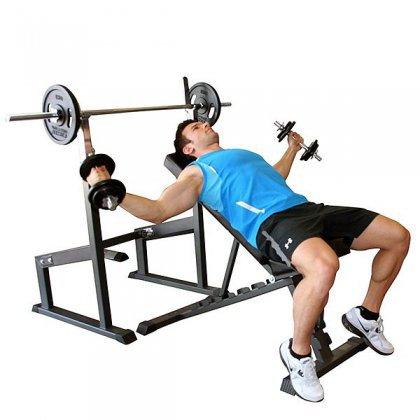 Как качать грудные мышцы гантелями?