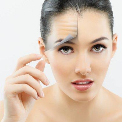 Как разгладить морщины на лице?