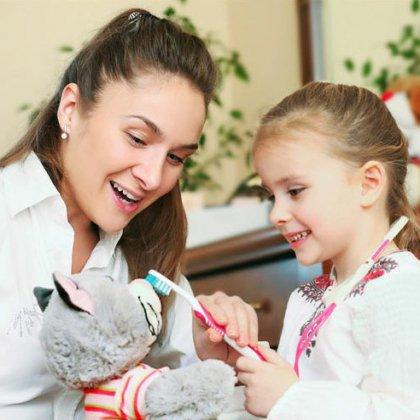 Как подготовить ребенка к стоматологу: первый визит