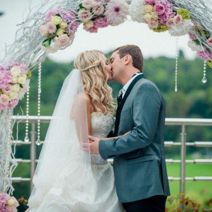 Как стать организатором свадеб?