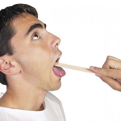 Как вытащить рыбную кость из горла?