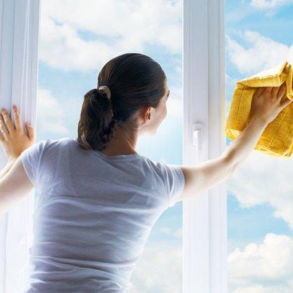 Как помыть окна без разводов: полезные советы