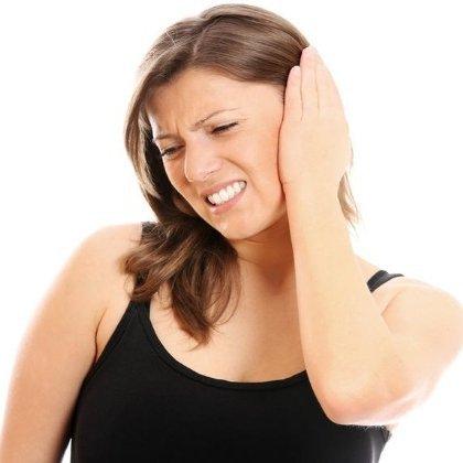 Как лечить ухо борной кислотой?