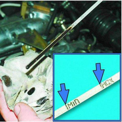 Как проверить масло в двигателе?