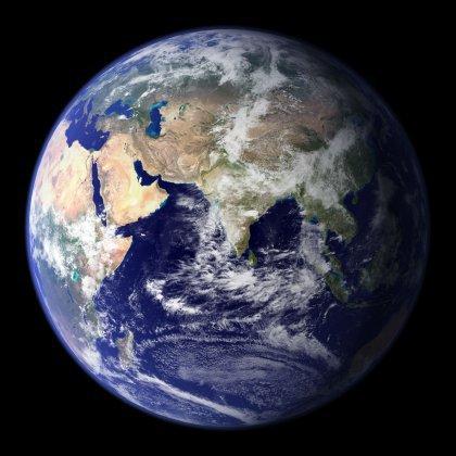 Как называются материки и части света?