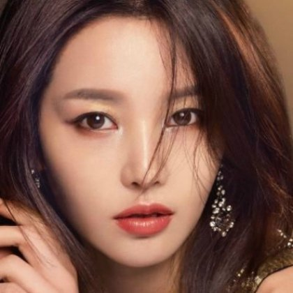 Как правильно наносить макияж девушкам с азиатским разрезом глаз?