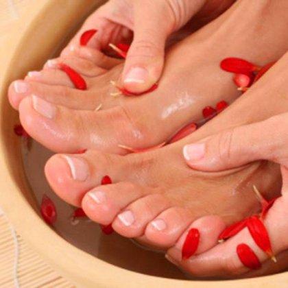 Как избавиться от пятен между ног, как убрать темные пятна между ногами?