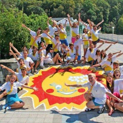 Как организовать детский отдых для детей в лагере?