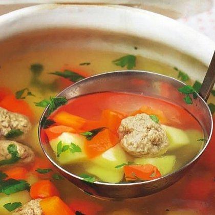 Как сварить суп с фрикадельками?