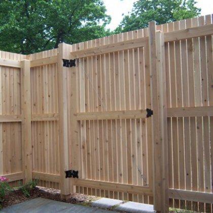 Как изготовить деревянные ворота?