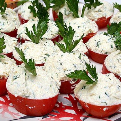 Как приготовить помидоры с чесноком?