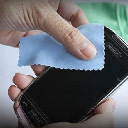 Как убрать царапины с телефона. домашних условиях