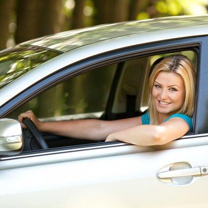 Как научиться уверенно водить машину?