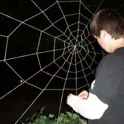 Как сделать паутину паука?