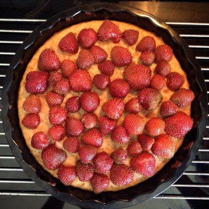 Как приготовить пирог с клубникой: пошаговое приготовление блюда, настоящий рецепт
