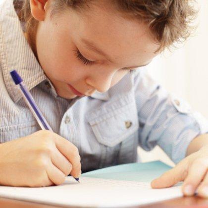 Как научить первоклассника грамотно писать?
