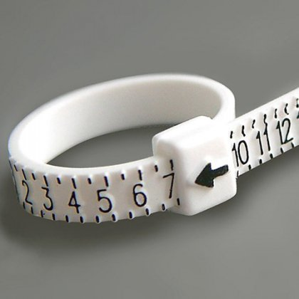 Как узнать размер кольца девушке