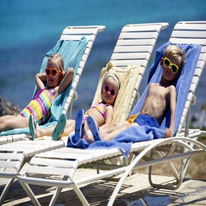 Как выбрать место для детского отдыха в России: пляжный отдых