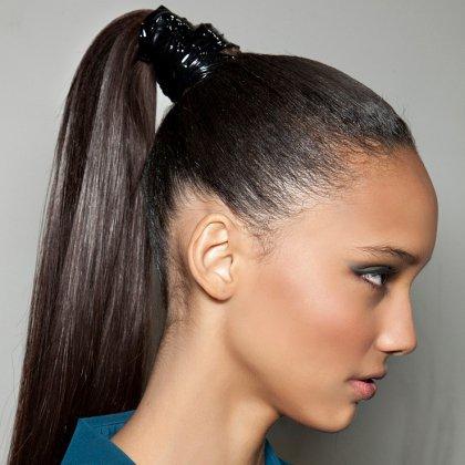 Модные причёски на длинные волосы 2015-2016. Фото №6