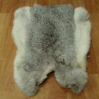 Как выделывать шкуру кролика?