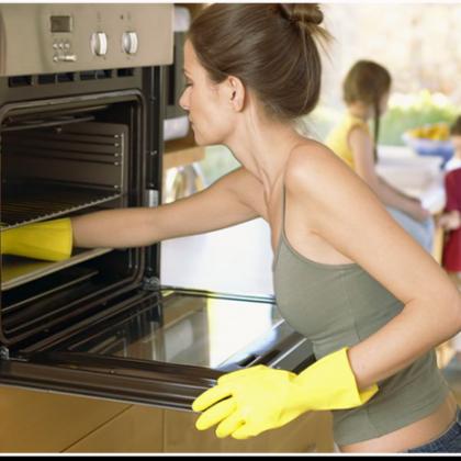 Как отчистить духовку: запустили духовку